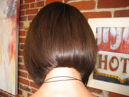 brunette-angled-bob-hair-style